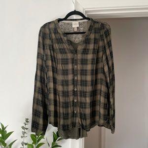 3 for $25 Knox Rose mixed plaid lace green shirt